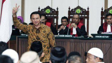 Photo of Fenomena Politik Hukum itu Bernama Ahok