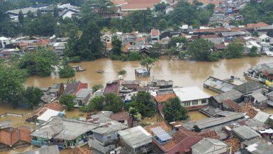 Photo of Ini Tips Tetap Sehat saat Banjir Datang