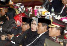 Photo of Dianggap Tak Penting, Dewan Asyik Main Hp dan Tidur saat Presiden Jokowi Pidato
