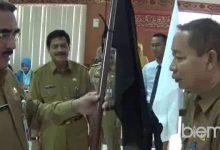 Photo of Kecamatan Padarincang Diberi Bendera Hitam, Kenapa?