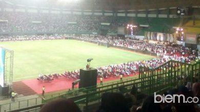 Photo of Stadion Patriot Bekasi Dibanjiri Syahadat saat Acara Dr. Zakir Naik