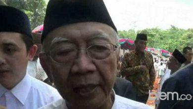 Photo of Ini Tanggapan Gus Sholah Soal Wisata Al-Maidah 51