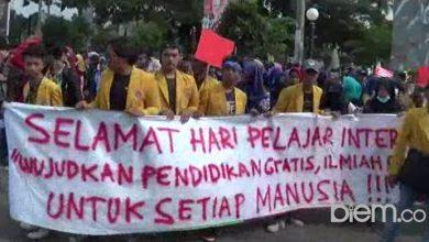 Photo of Peringati Internasional Student Day, Mahasiswa Kritik Biaya Pendidikan