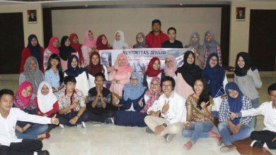 Photo of Komunitas JaWaRa Membuka Acara Perdana dengan Bedah Film 'Gie'