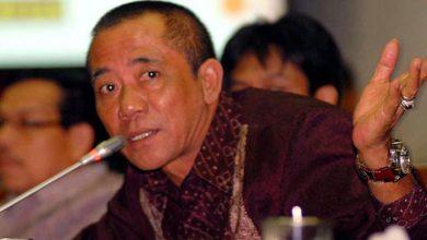 Photo of Bila Tak Didukung PDIP di Pilgub Banten, Mulyadi Jayabaya Siap 'Angkat Kaki'