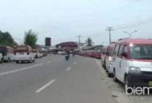 Photo of Pasca Penertiban PKL dan Bangunan Liar, Kawasan Nikomas Kini Diwarnai Angkot Bandel