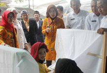 Photo of Bupati Serang: Pengrajin Batik Harus Siap Bersaing