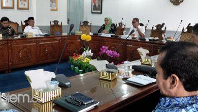Photo of Reses Jadi Ajang 'Curhat' Anggota DPRD Banten