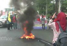 Photo of Tak Yakin Rano Mampu Bangun Banten, Sejumlah Mahasiswa Unjuk Rasa