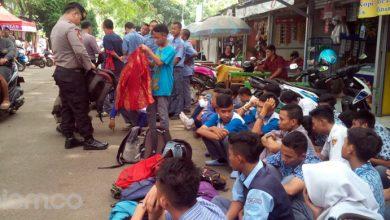 Photo of Berkeliaran saat Jam Pelajaran, Puluhan Pelajar Terkena Razia