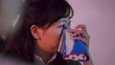 Photo of Saat Tertekan, Perempuan Jepang Bayar Lelaki Tampan untuk Meluapkan Tangisan