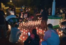 Photo of #PrayForSurabaya; Warga Serang Gelar Malam Renungan Perdamaian