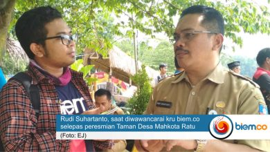 """Photo of Soroti Taman Desa Sukaratu, Rudi Suhartanto: """"Ini Inisiatif dan Praktek Cerdas"""""""