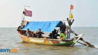 Photo of Pantai Lontar, Destinasi Wisata Mengasyikkan