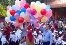 Photo of Beri Kesan Hangat, Hari Pertama Sekolah, SDN Bhayangkari Serang Lakukan Pelepasan Balon