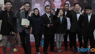 Photo of Lewat Film 'Liontin', Pelajar SMK Pustek Serpong Sabet Juara 1 di FFB 2018
