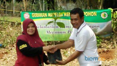 Photo of KKM 4 UNIBA Sambut Baik Gerakan Penanaman Pohon, Surti Zahra; Ini Membantu Penghijauan Lingkungan