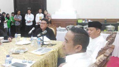Photo of Mendagri Kunjungi Gubernur Banten Bahas Penanganan Korban Tsunami