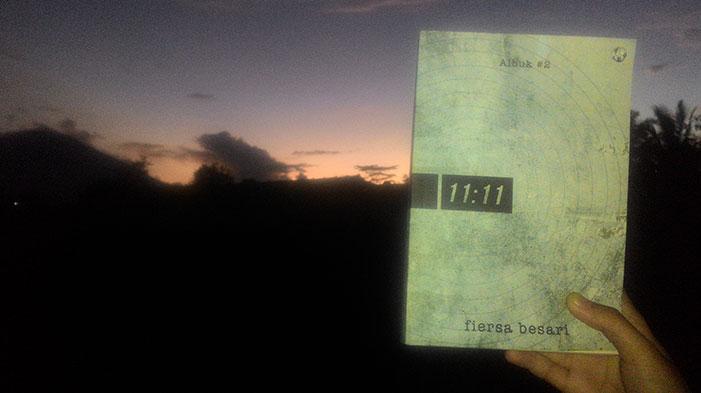 11 11 Fiersa Besari Sebelas Kisah Penuh Imaji Biem Co