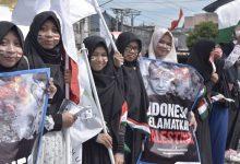 Photo of Long March, Puluhan Relawan Yogyakarta Gelar Aksi Bela Palestina
