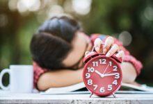 Photo of Alasan Mengapa Waktu Cepat Berlalu Saat Bahagia dan Melambat Ketika Bosan