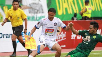 Photo of Arema FC Tahan Persebaya Surabaya dalam Final Leg 1 Piala Presiden 2019