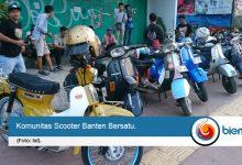 Photo of Scooter Banten Bersatu Berbagi Takjil