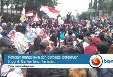 Photo of Ratusan Mahasiswa Banten Demo Tolak RUU Bermasalah