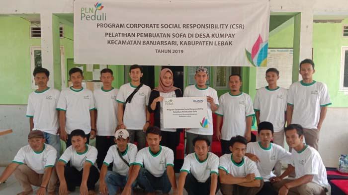 Pemuda Desa Kumpay Berkreasi Lewat Wirausaha Lokal