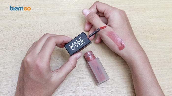Review: Make Over Powerstay Vivid Waterlite Lip Stain, Cocok untuk Bibir Kering