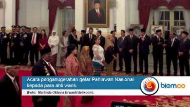 Photo of Presiden Anugerahi 6 Tokoh Gelar Pahlawan Nasional, Satu Diantaranya Jurnalis Perempuan Pertama Indonesia