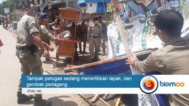 Satpol PP Kota Serang Tertibkan Pedagang di Kampus C Untirta