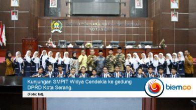 Photo of Siswa SMPIT Widya Cendekia Belajar Organisasi di DPRD Kota Serang