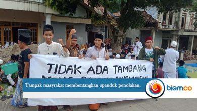 Photo of Warga Padarincang Ancam Gelar Istighosah di Kantor Bupati Serang