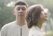 Photo of Donne Maula dan Sheila Dara Ungkap Keganjalan Hati Lewat Lagu 'Tak Terima'