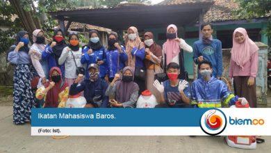 Photo of Cegah Covid-19 Menyebar, Ikamaba Semprot Disinfektan di Kecamatan Baros
