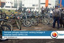 Photo of Temui Perwakilan Warga, BPRS CM Setop Aktivitas Parkir di Lahan Miliknya