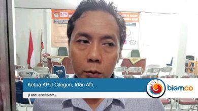 Photo of Bentuk Dewan Pemeriksa, KPU Cilegon Berhentikan Anggota PPK yang Terlibat Acara Bapaslon