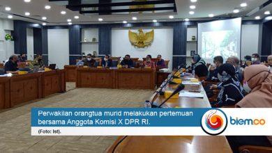 Photo of Menuai Polemik, DPR Kritisi PPDB DKI Jakarta
